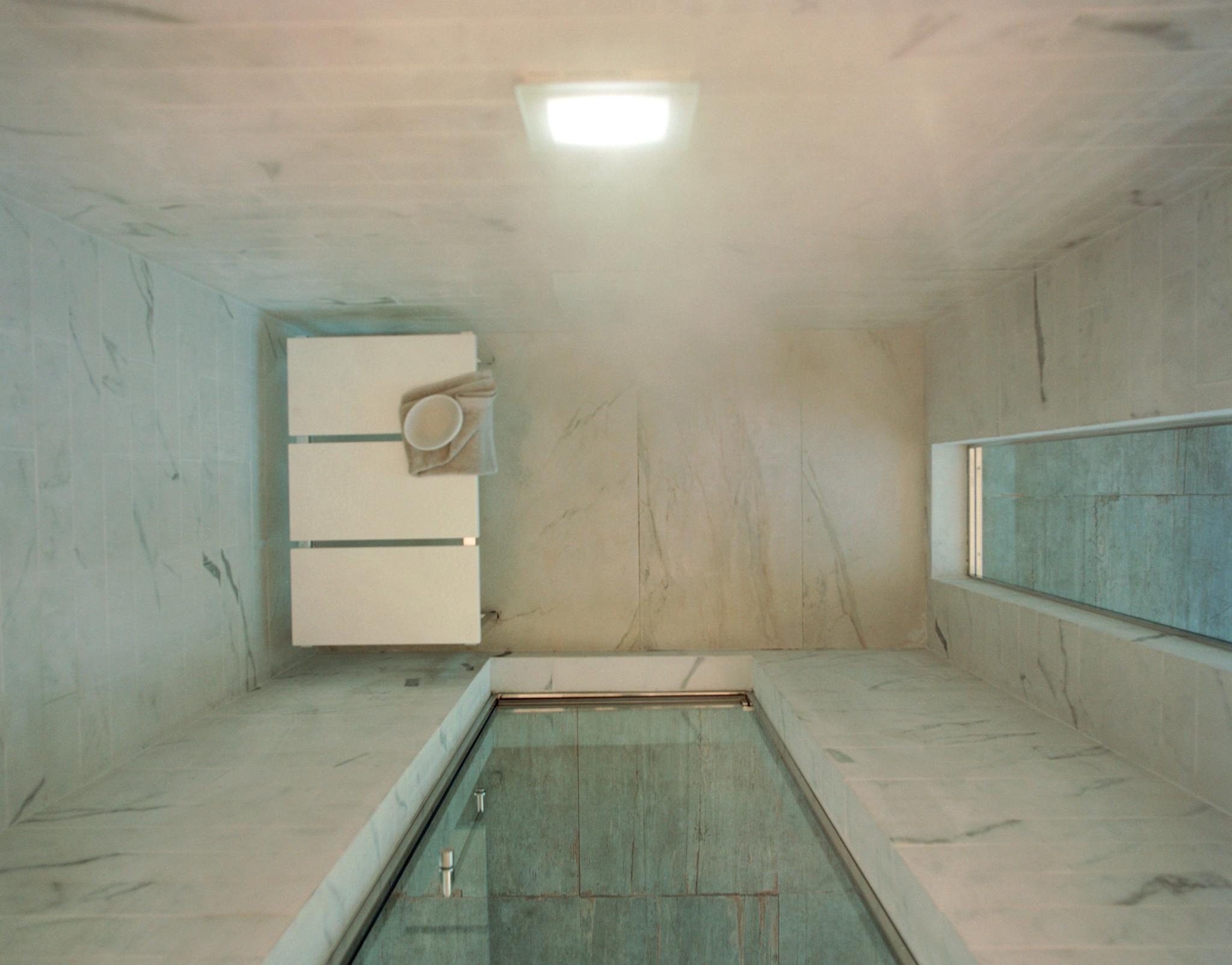 Plafoniera di illuminazione bianca effegibi - Effetti benefici del bagno turco ...