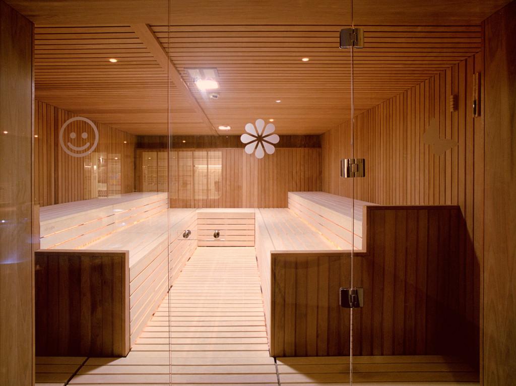 Realizzazioni di saune bagni turchi e spa per palestre for Progettazione casa generatore