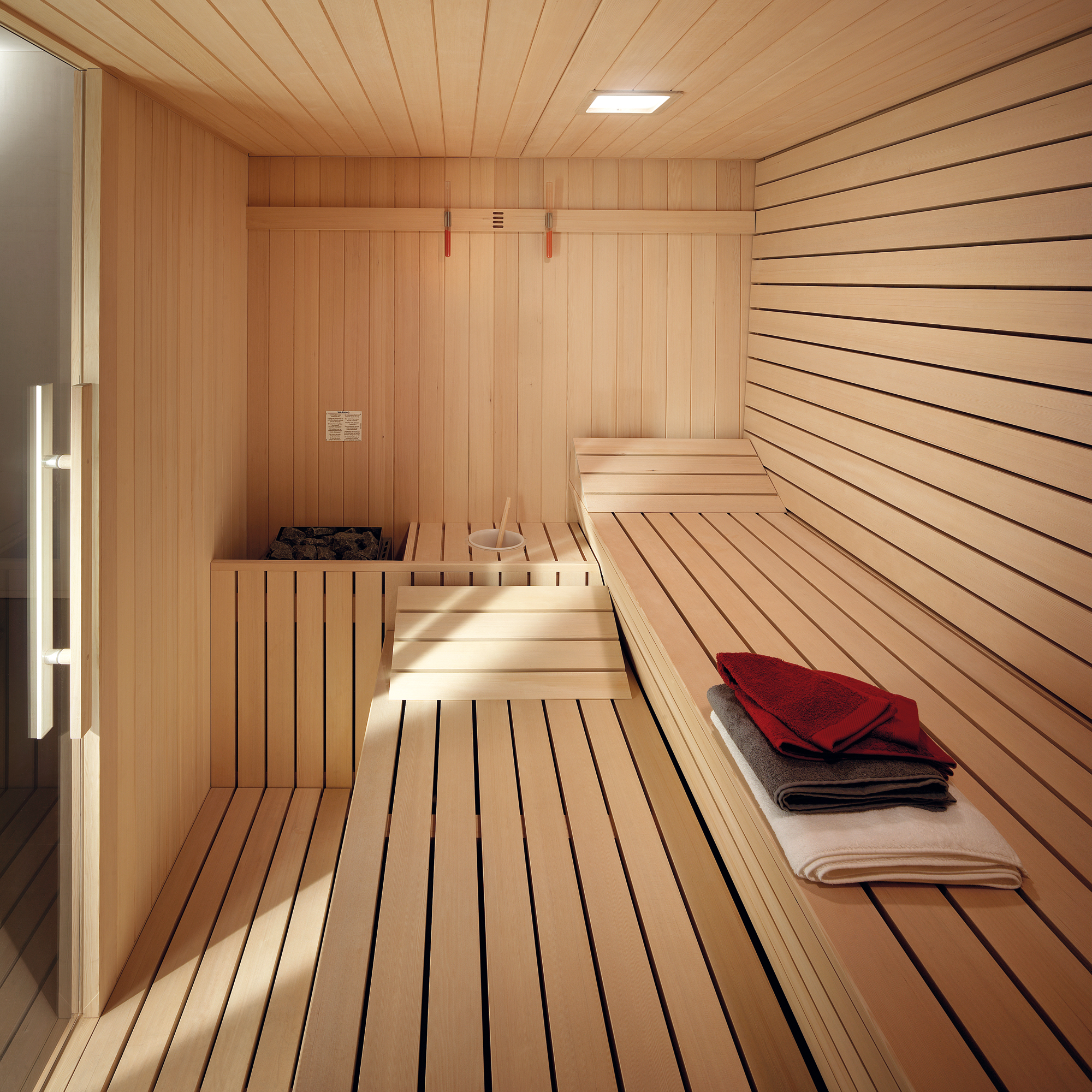 sauna gym effegibi. Black Bedroom Furniture Sets. Home Design Ideas