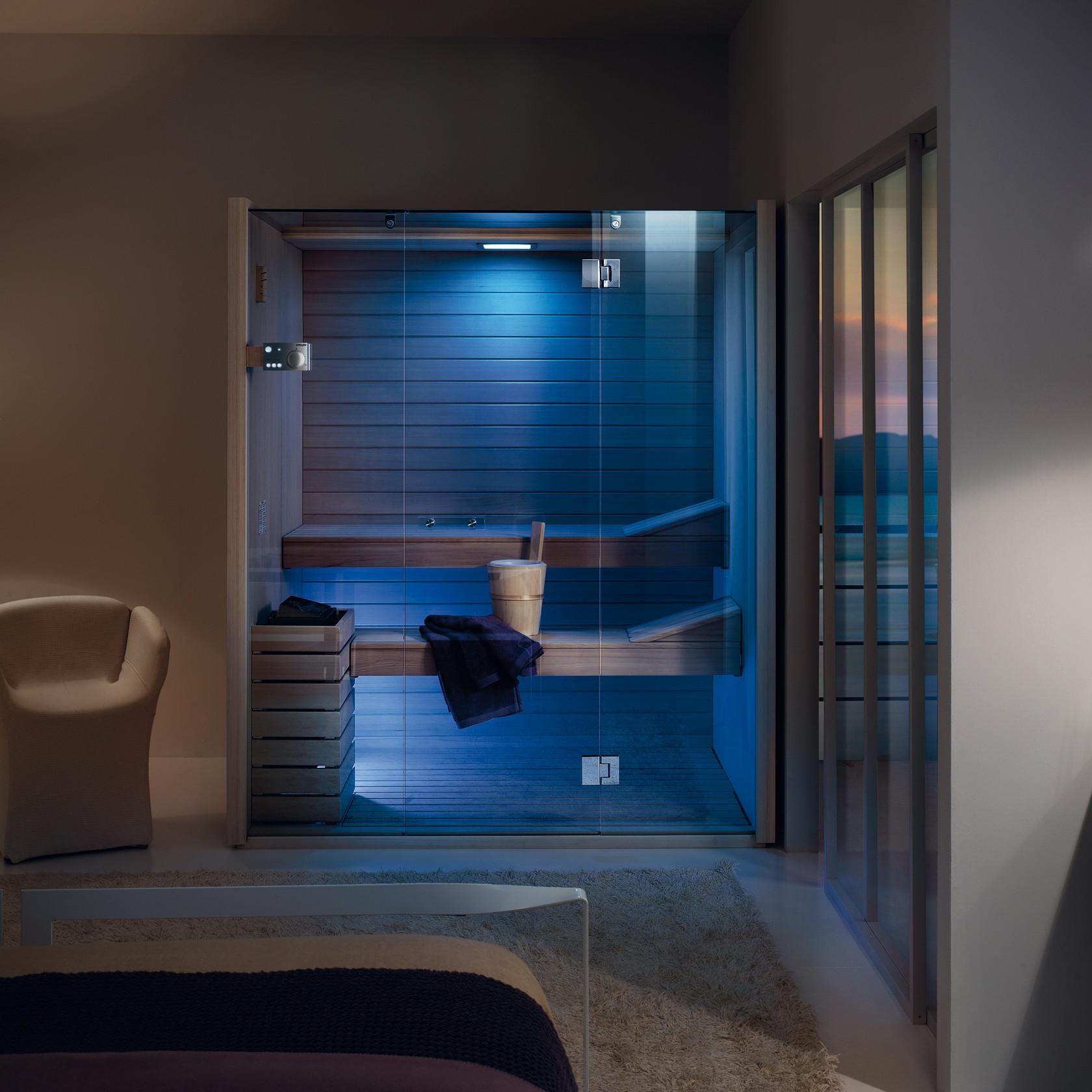 Sky Modello Glass. Illuminazione a parete con luce bianca e cromoterpia